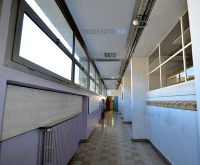 Diminuer la résonance dans un couloir…