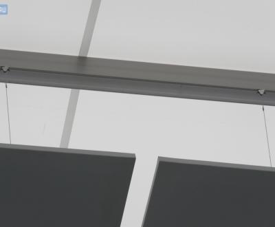 Panneaux acoustiques sur câbles