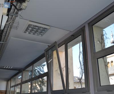 Intégration discrète de panneaux acoustiques